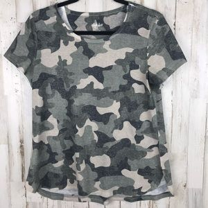 Style & Co Camouflage Tee Size Small
